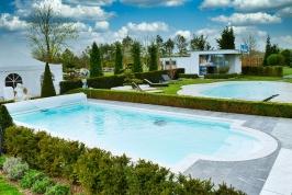 Desjoyaux-Weessin Poolbau mit Full Service